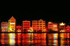 Curaçao by night