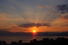 Tramonto sul lago Atitlan
