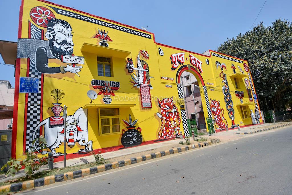 Yok e Sheryo murales